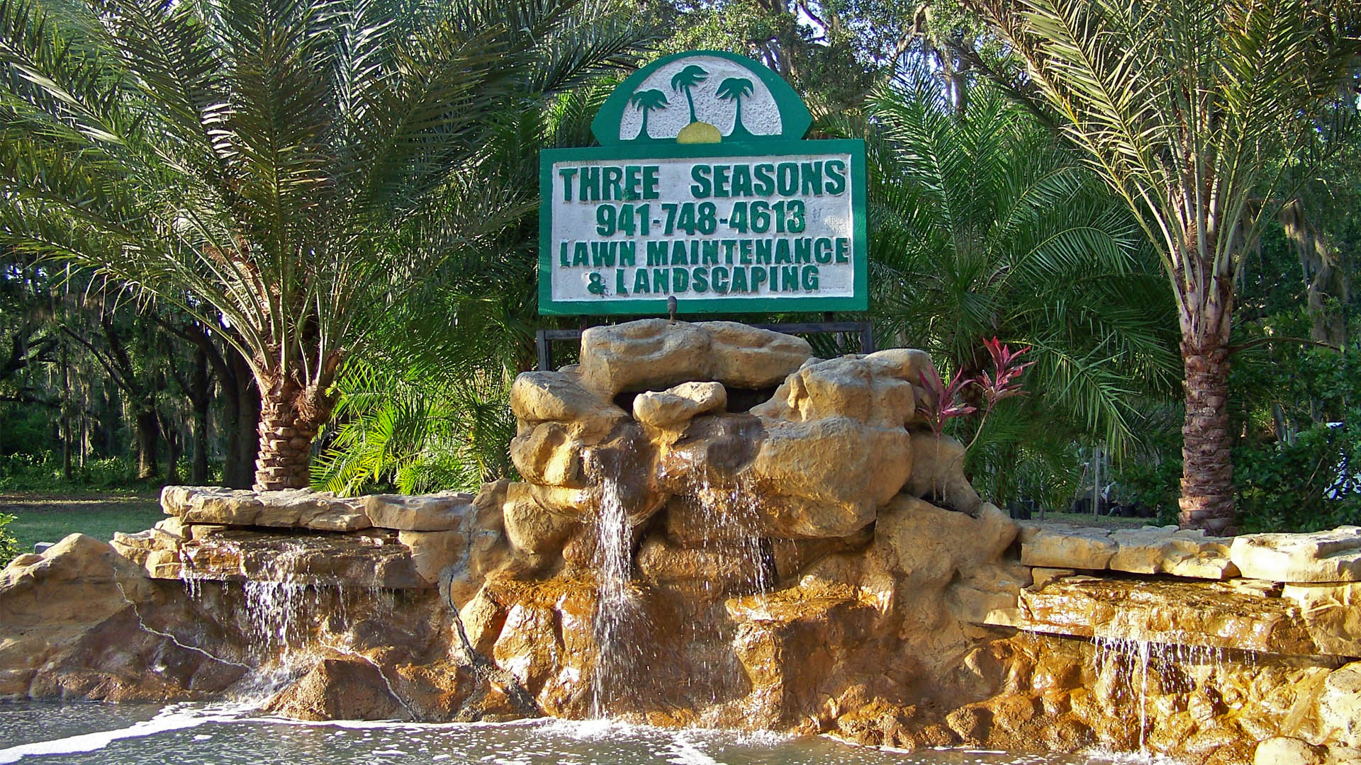 Three Seasons Lawn Maintenance and Landscaping Palmetto, FL.