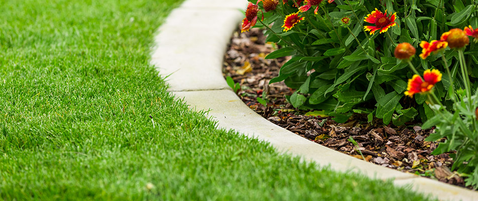 Make Your Landscape HGTV Worthy With These Concrete Curbing Ideas