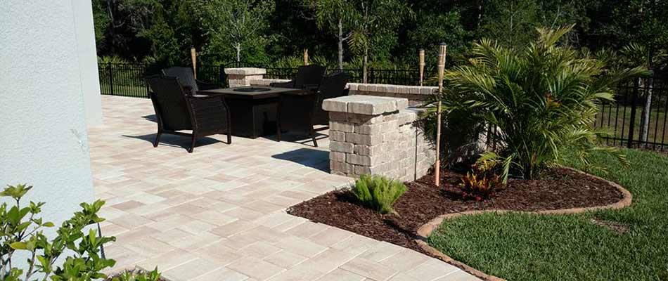 Pavers vs Natural Stone: Top Material Choices for Walkways