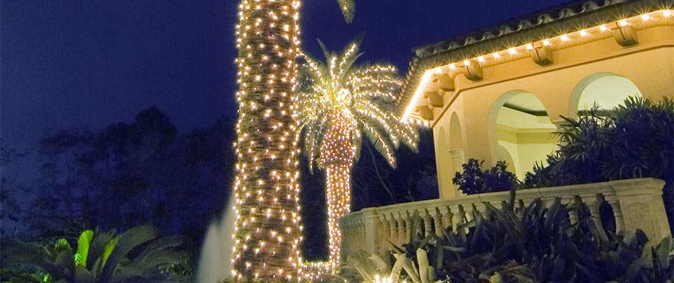 Tips on Making Your Outdoor Space Look Festive for the Holidays