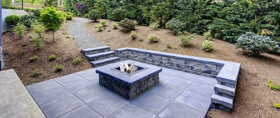 Custom slate paver patio and stairs near Parrish, FL.