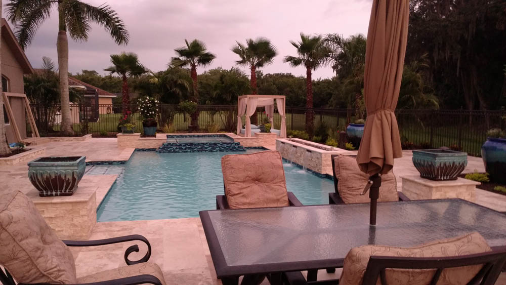 Creating a private tropical outdoor living space for ... on Tropical Outdoor Living id=49700
